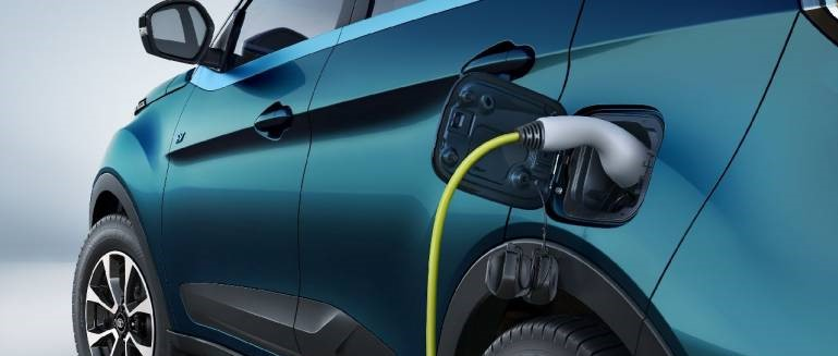 pmo-leads-the-way-in-ev-charging-stations